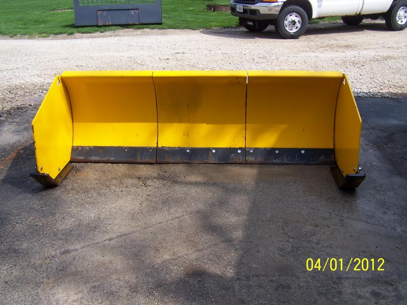 100_1876.jpg : sectional snow plow - Sectionals, Sofas & Couches