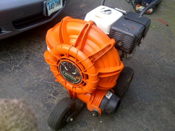 13 hp billy goat force blower.jpg