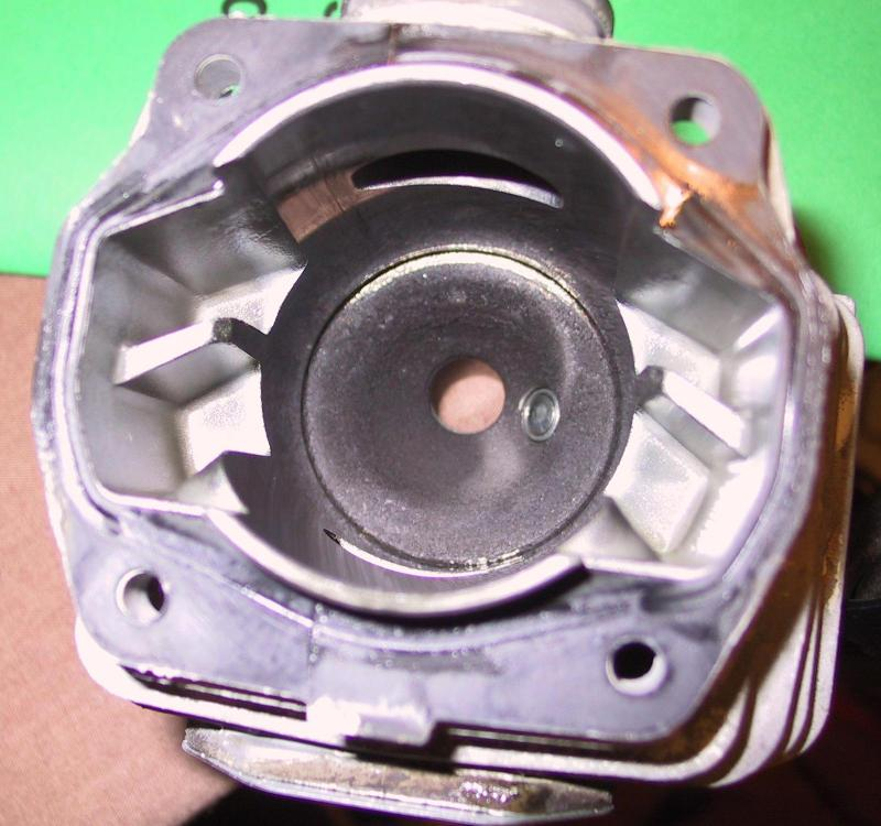 2 Scoured, light partial ring top of cylinder head above intake port (lo-res).jpg