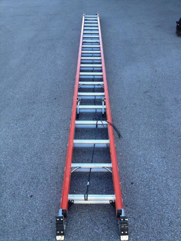40' ladder.jpg