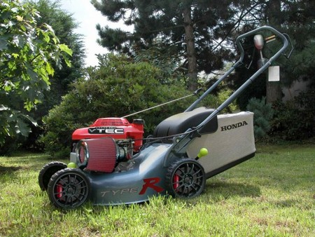 600x450_typerlawnmower.sized.jpg