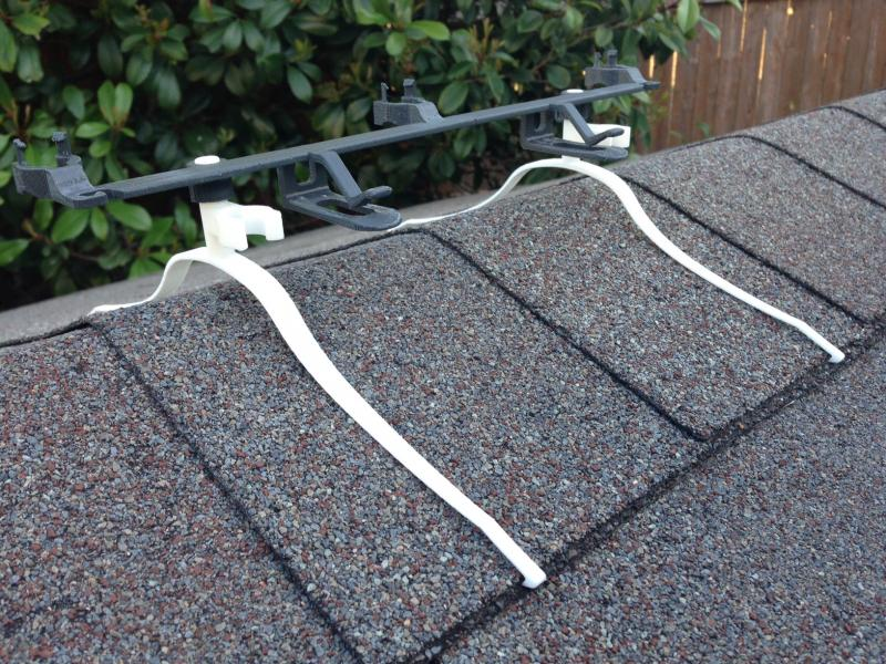 how to put christmas lights on roof without ladder