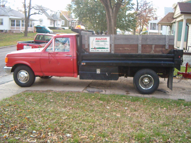 87 Dump Truck with plow and trailer 001.jpg