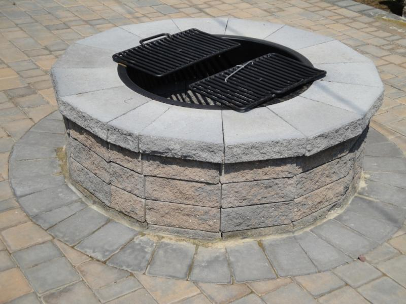 9 Cedar Crest stone work mess 009 2.jpg