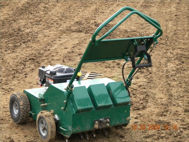 Aerator with resesigned handle.JPG