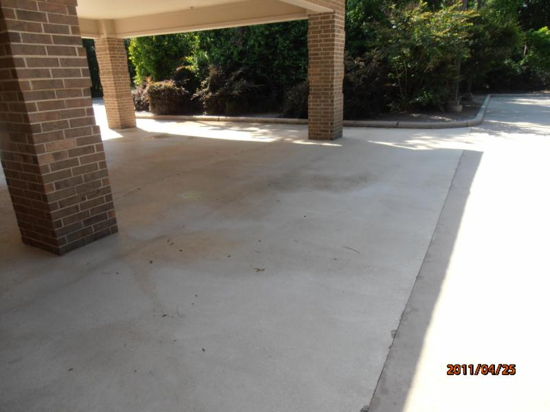 After Concrete Cleaning Kingwood.jpg