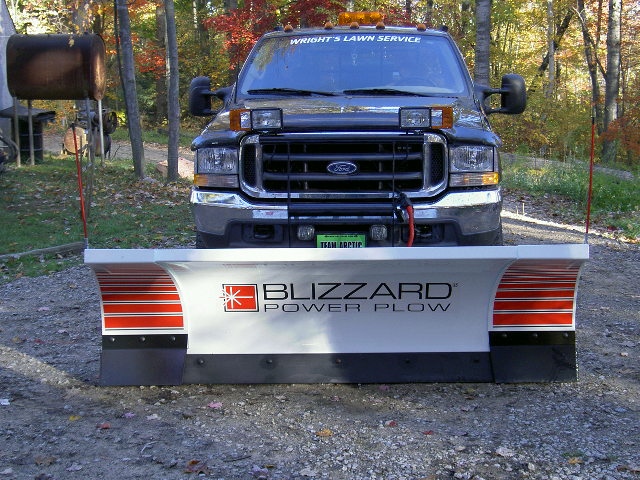 Blizzard 810, ready for snow 001.jpg