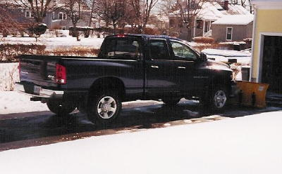blue dodge snow picture 005.jpg