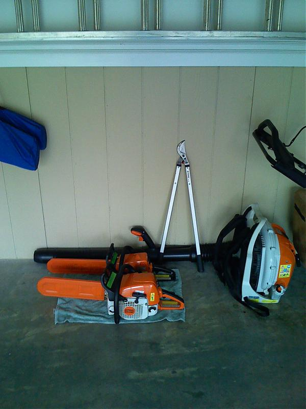 br600 blower, loppers, ms290 and 180 chainsaws.jpg