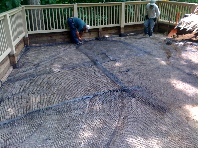 Geogrid In Paver Base?