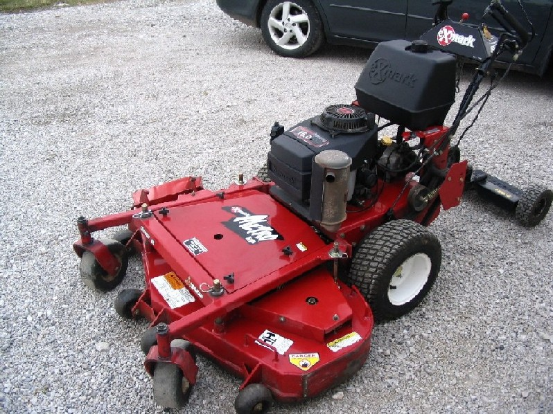 Copy of mower 003.jpg