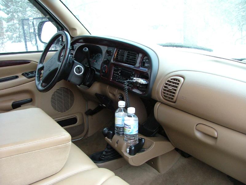 Dodge 2500 Dashboard 8x6.jpg