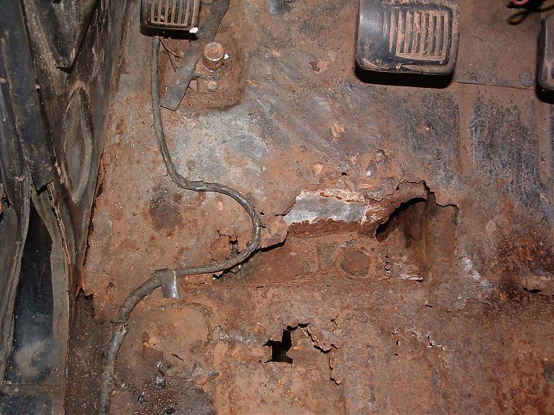 Dodge floor 003.jpg