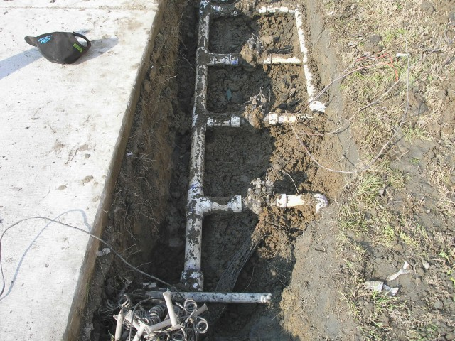 EDHS Leak South of Building #3 IV-04.jpg
