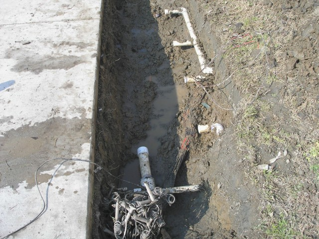 EDHS Leak South of Building #3 IV-06.jpg