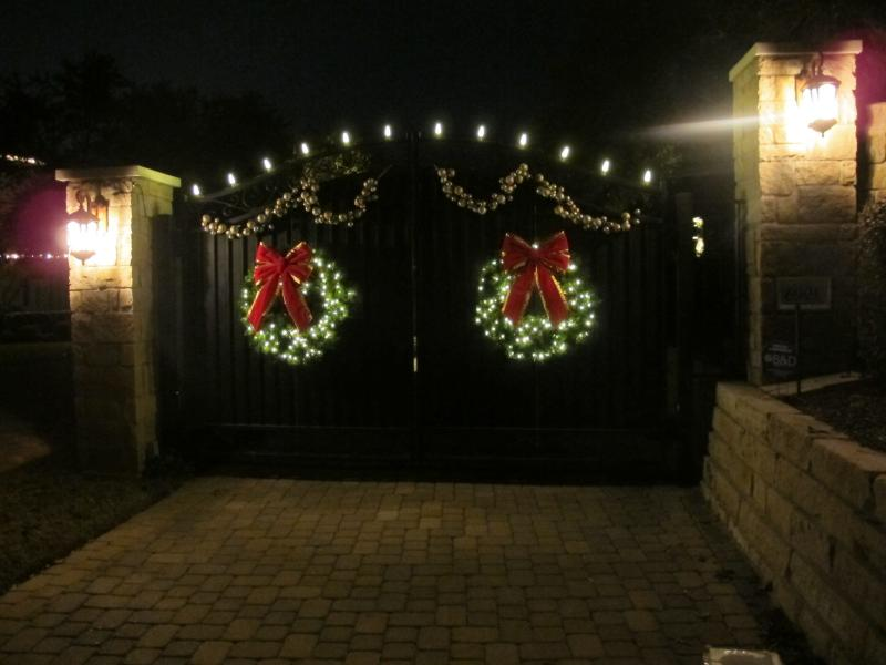 Entry Gate- West Courtyard Drive.jpg