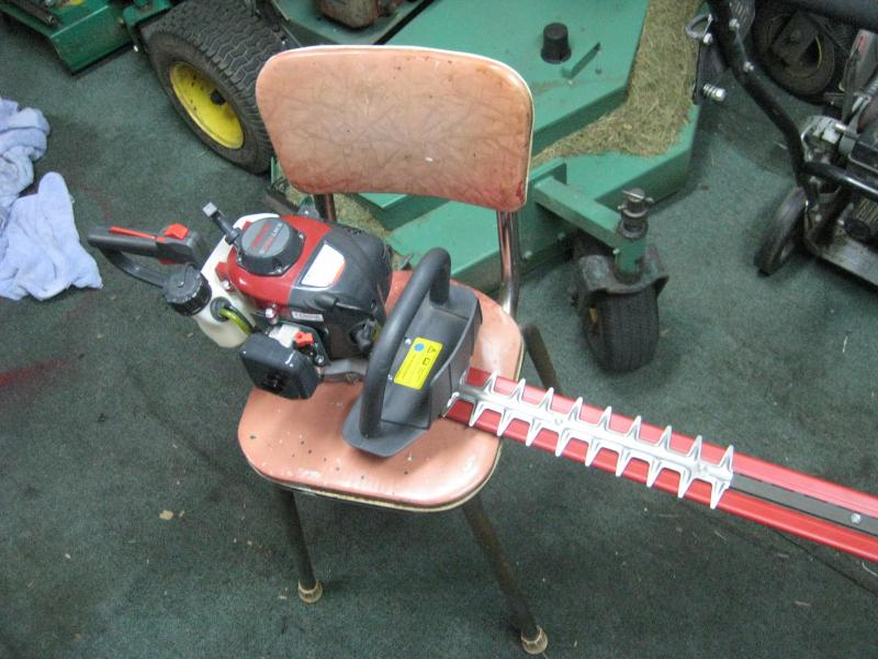 hedge trimmer 001.jpg