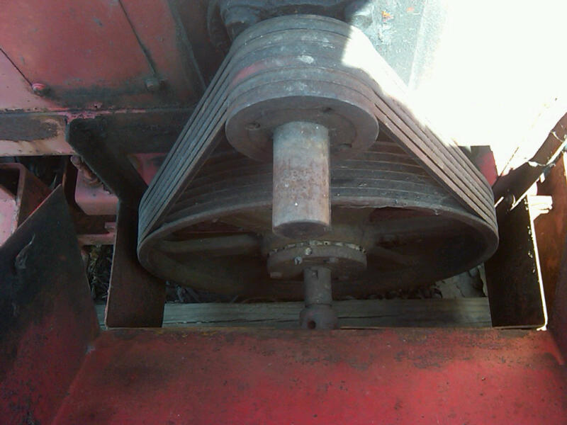 IMG00547-20110328-1330 chipper flywheel.jpg