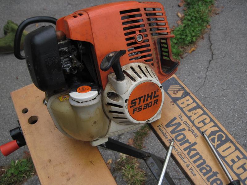 Stihl FS90R carb repair - replace gasket/diaphragms (pictorial