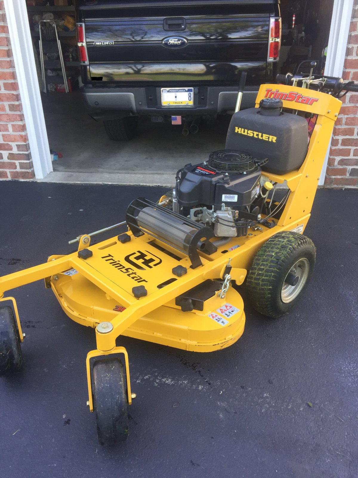 Bet used hustler mowers black girl
