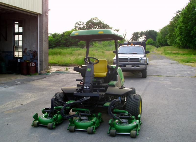 John Deer Mower 1.jpg
