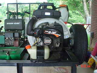 lawn equip to post 001.JPE