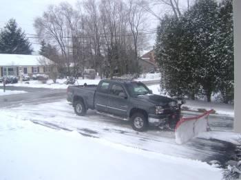 lawnsite pic snow 2.jpg