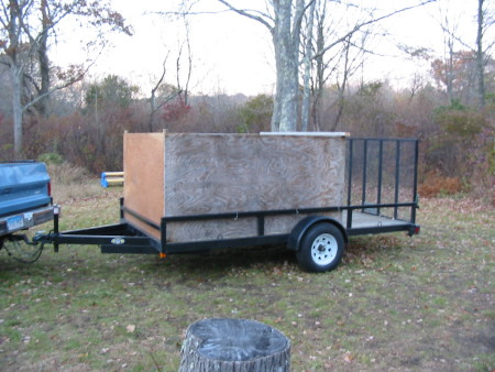leaf box on trailer reduced.jpg