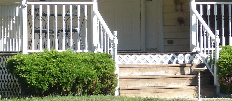 left front of porch 001.jpg