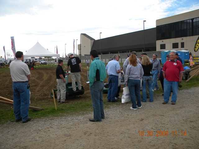 LS Outdoor demo area '09 GIE EXPO.JPG