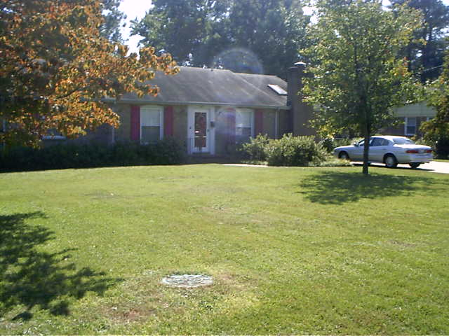 Mom and Dad's House September 23, 2004 002.jpg