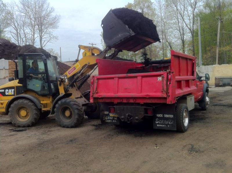 mulch works loading.jpg
