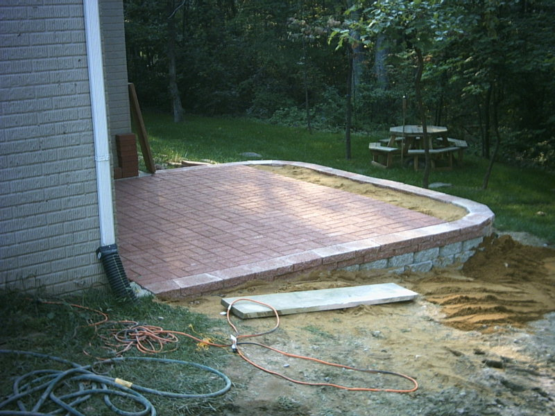 nicks patio 12.jpg