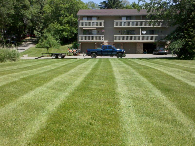 Pahl's Lawn Care 020.jpg
