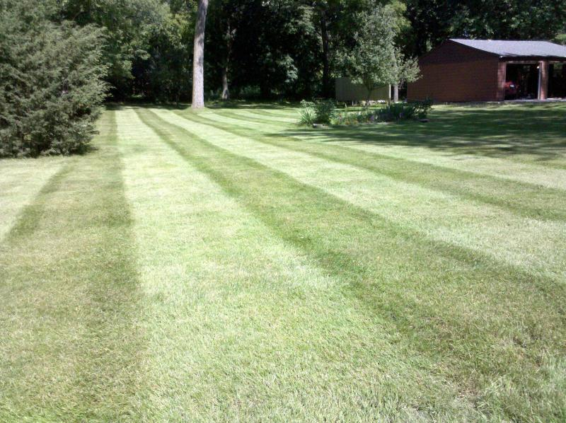 Pahl's Lawn Care 021.jpg
