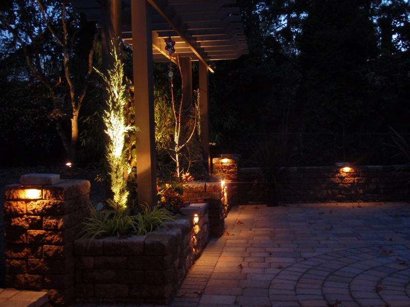 patio lighting pic 012.jpg