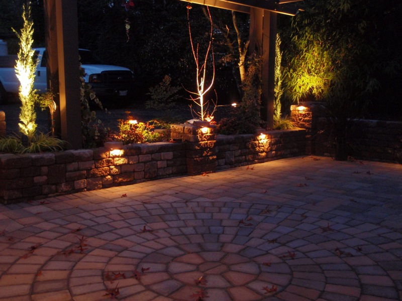 patio lighting pic 017.jpg