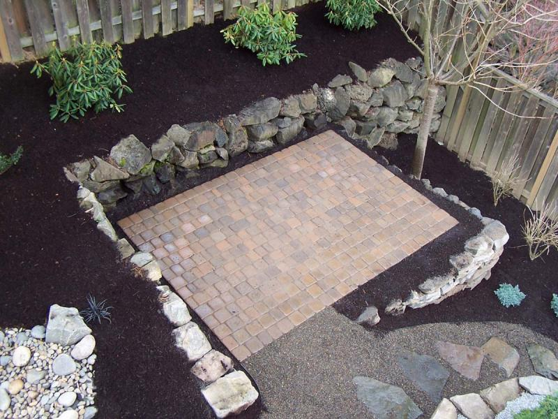 Paver Patio After B.jpg