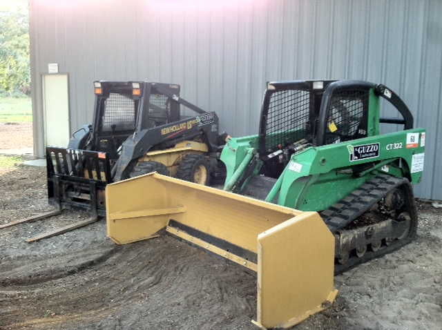 photo[1].JPGskid steer.JPG