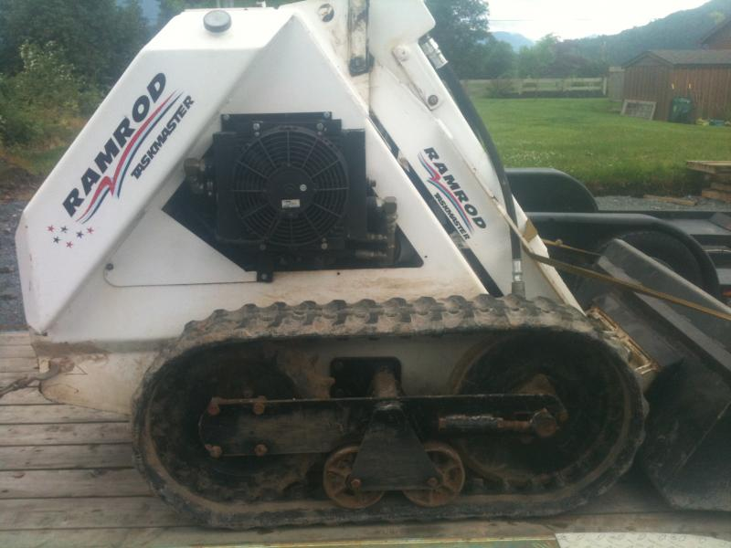 Ramrod mini skid steer 004.jpg