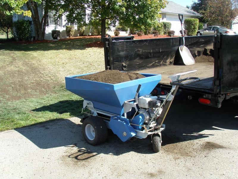 Rear View Ecolawn 200 Organic Compost Spreader.jpg