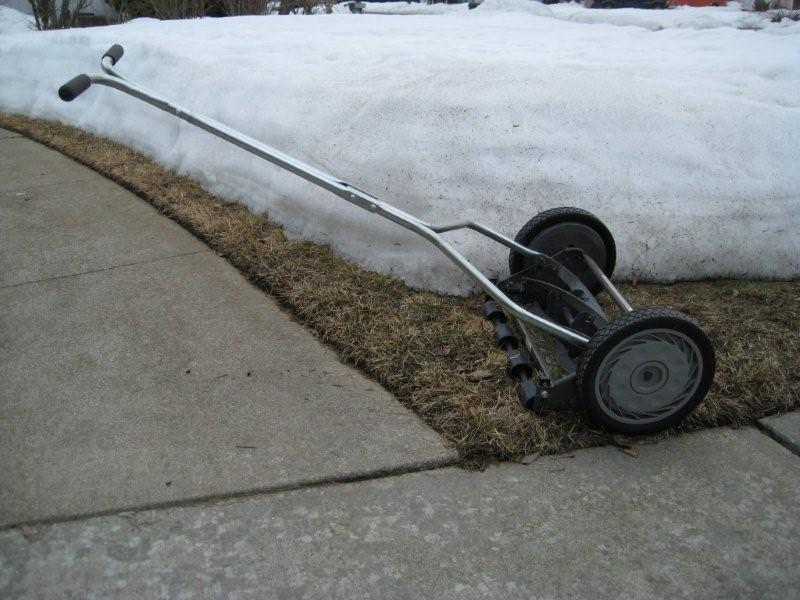 reel_mower.jpg