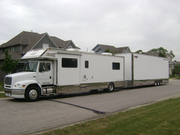 RENEGADE-TOTERHOME-AND-STACKER-TRAILER.jpg