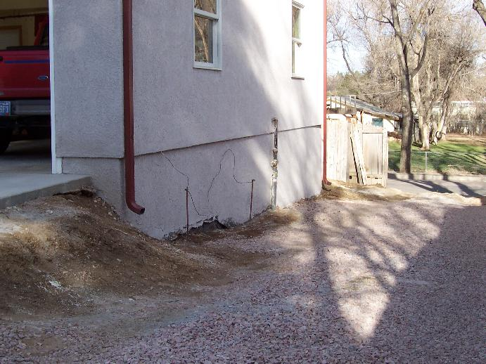 retain wall next to garage.jpg