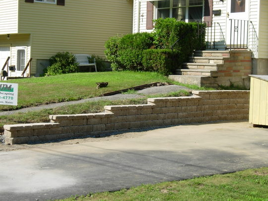 retaining wall 7 small.jpg