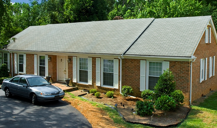 Roof Cleaning Pro - Greensboro North Carolina (after)2.jpg