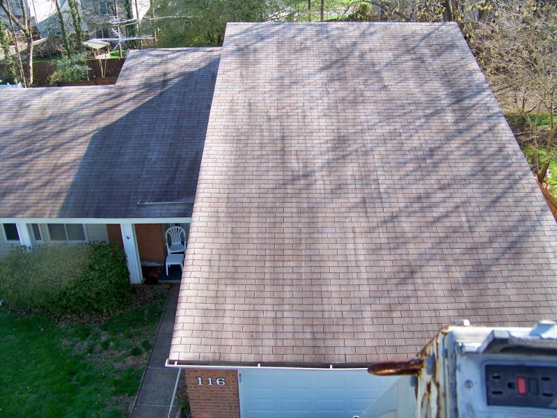 rsz_roof_cleaning_sterling_before_aerial.jpg