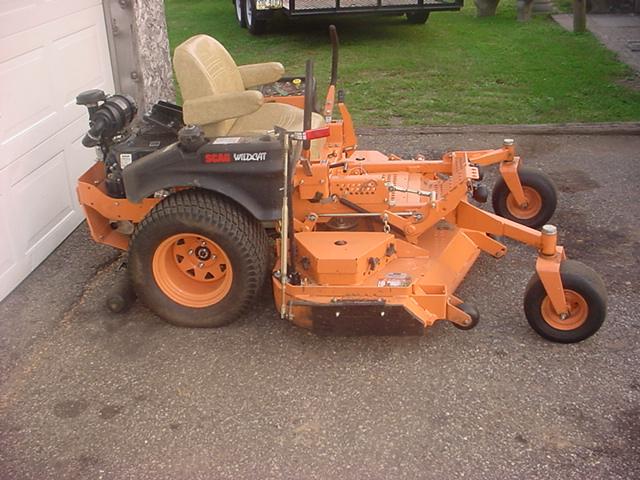 scag mower 001.JPG