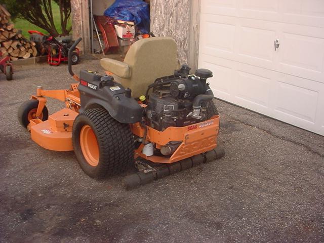 scag mower 004.JPG