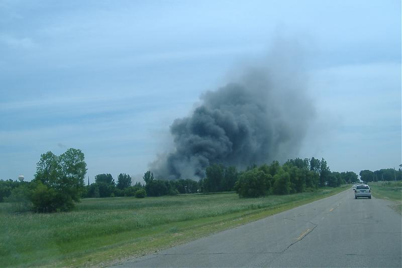 Shamrock Storage Fire July 2 2008 030.jpg